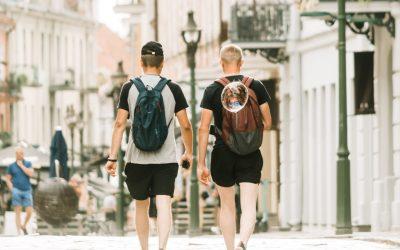 Se TeeShoppens store udvalg af shorts til mænd